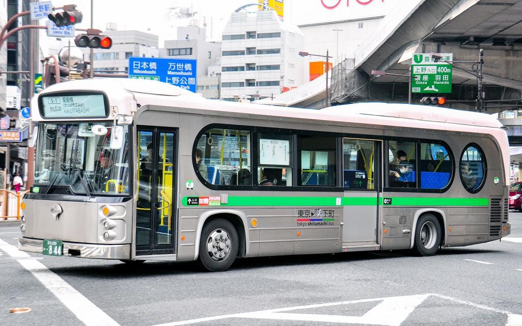 都営バスの塗装(特殊路線車1)