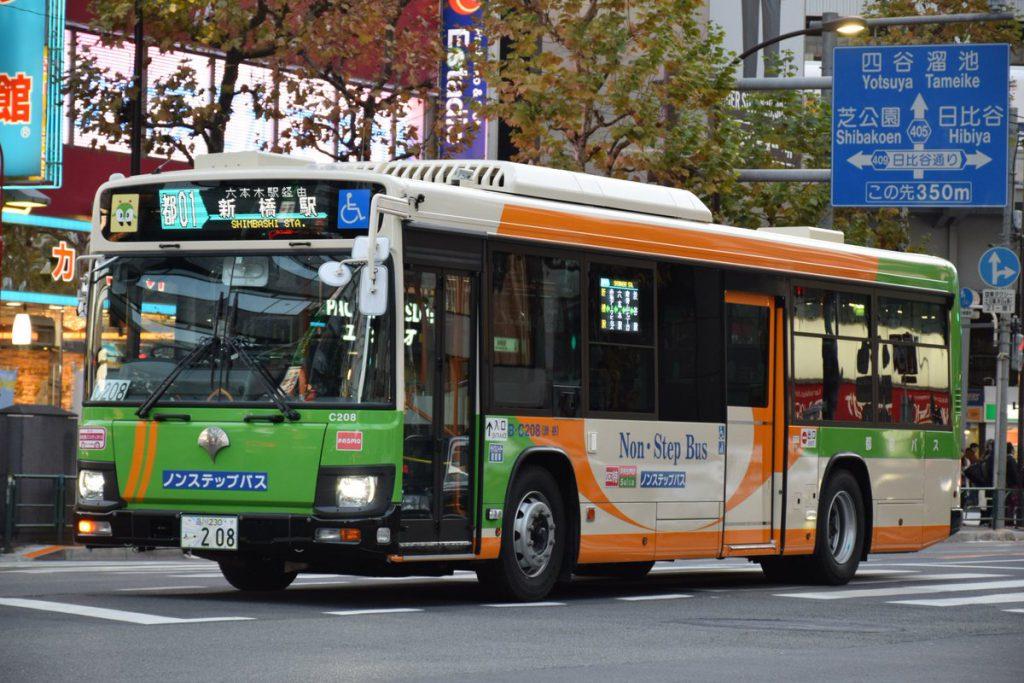 フルカラーLED、渋谷で既存車に追加交換
