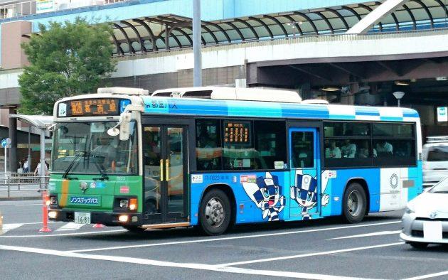 第二弾・2020東京大会のマスコットラッピングバス登場